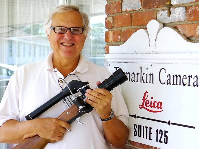 srt-with-leica-rifle.jpg